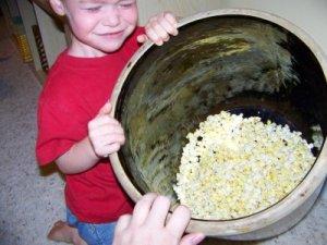 popcorn_in_crock1